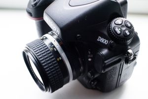Nikon D800 with manual focus lens 28mm ai-s