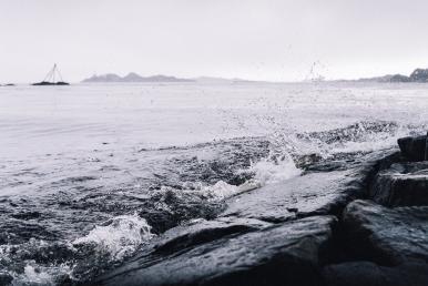 A rainy day at the beach. Shot on Nikon EM, Nikon 50mm 1:1.8 Ai, Fuji Superia 200